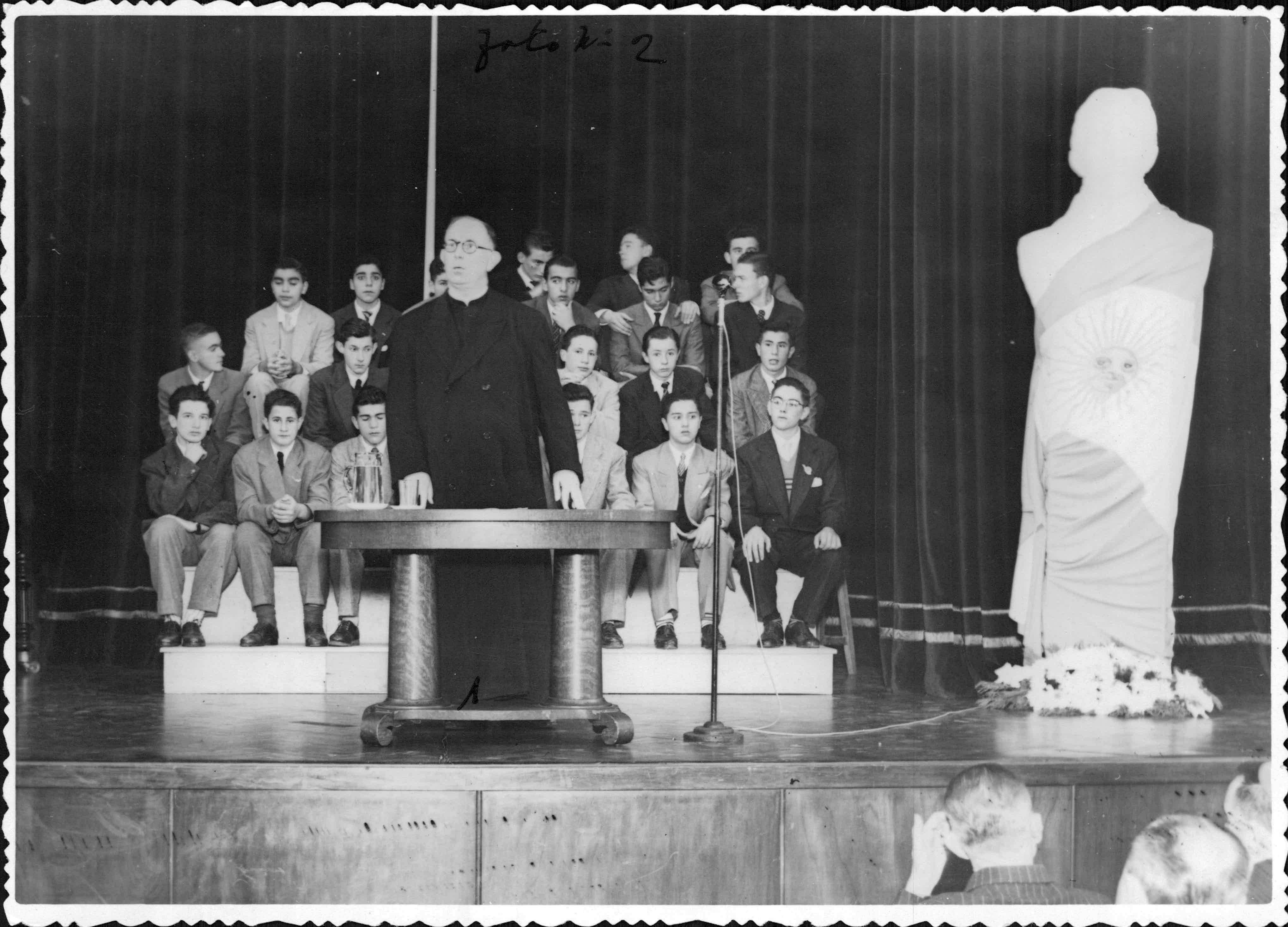 Facultad de Cs. Matemáticas, Fisico-químicas y Naturales, Rosario, 25/05/1950